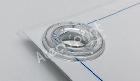 Œillets plastiques translucides pour affiches plastifiées